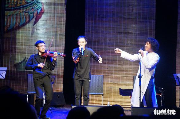 Đêm Nam nhi của Ngô Hồng Quang: nghe quan họ mix Beatbox - Ảnh 6.