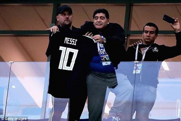 Maradona và cảm xúc của cậu bé vàng suốt hành trình World Cup - Ảnh 2.