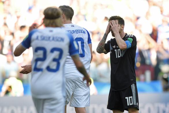 Messi đen đủi ở World Cup phải chăng là điềm xui được báo trước? - Ảnh 1.