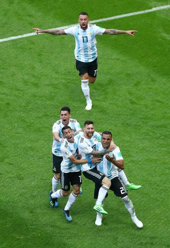 Messi đen đủi ở World Cup phải chăng là điềm xui được báo trước? - Ảnh 6.