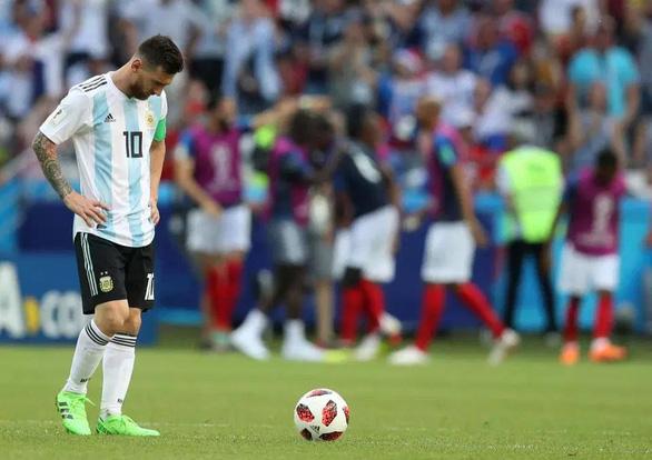 Messi đen đủi ở World Cup phải chăng là điềm xui được báo trước? - Ảnh 8.