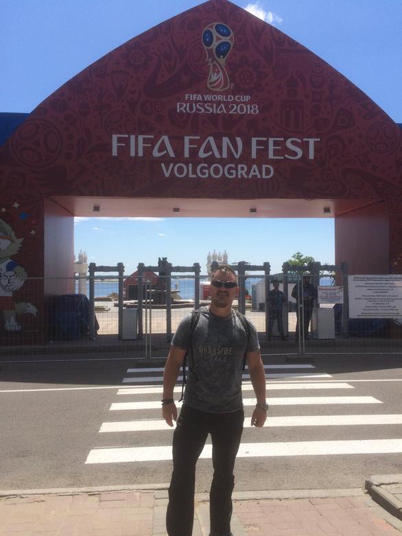 Cựu binh 48 tuổi và hành trình đi bộ 5 tháng tới Nga xem World Cup - Ảnh 3.