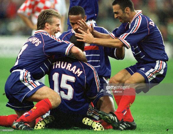Thierry Henry - người Pháp duy nhất chống lại cả nước Pháp - Ảnh 1.