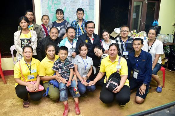 Chiến dịch giải cứu đội bóng Thái Lan thành công mỹ mãn, cứu được 13 người - Ảnh 9.