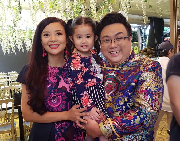 Hồng Loan - ái nữ của Bảo Quốc - về nước tham gia minishow Gia Bảo - Ảnh 1.