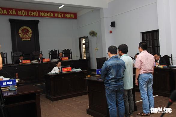 Xét xử phúc thẩm vụ ông Trần Minh Lợi đưa hối lộ - Ảnh 2.