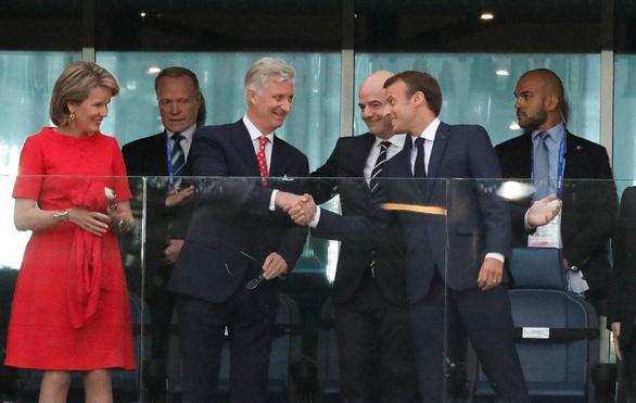 Ông Putin điện Tổng thống Pháp chúc mừng, an ủi vua Bỉ - Ảnh 2.