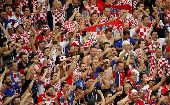 Cả nước Croatia ăn mừng, Thủ tướng Anh tự hào về Tam sư - Ảnh 3.
