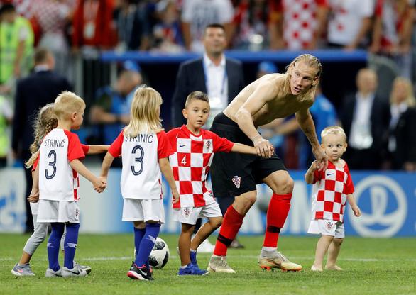 Cả nước Croatia ăn mừng, Thủ tướng Anh tự hào về Tam sư - Ảnh 14.