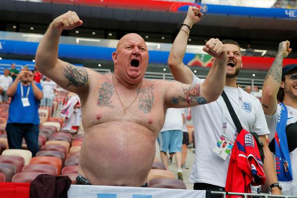 Những hình ảnh ấn tượng nhất tại cuộc so tài Anh - Croatia - Ảnh 2.