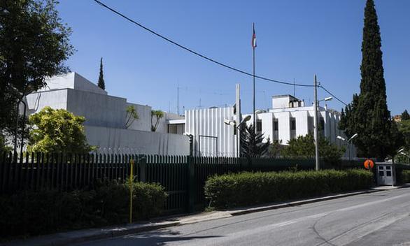 Hi Lạp trục xuất 2 nhà ngoại giao Nga vì cáo buộc can thiệp nội bộ - Ảnh 1.