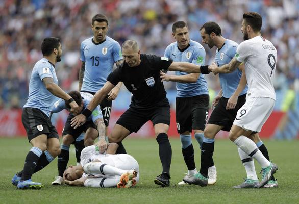 Cựu diễn viên Argentina bắt chính trận chung kết World Cup 2018 - Ảnh 2.