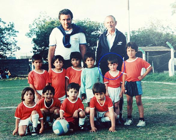 Ngắm ảnh thơ ấu dễ thương hết nấc của các ngôi sao World Cup - Ảnh 8.