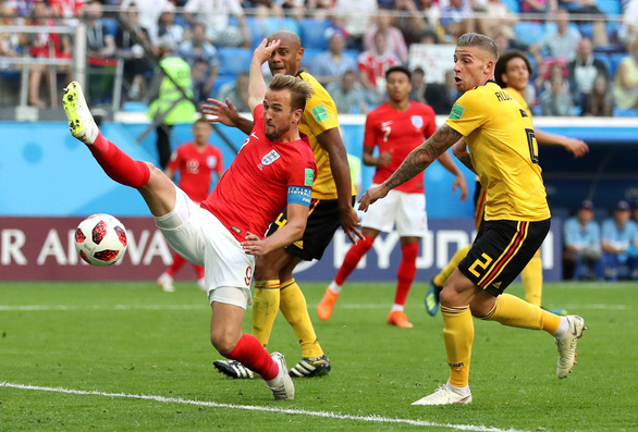 Mạng xã hội cho rằng Harry Kane có chiếc giày vàng vô dụng ở World Cup - Ảnh 4.
