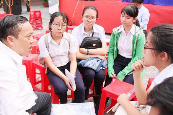 ĐH Luật TP.HCM: 4.419 thí sinh vượt qua vòng xét tuyển sơ bộ - Ảnh 1.