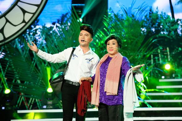 """Nam Cường """"bay giữa ngân hà"""" trong liveshow 10 năm ca hát - Ảnh 7."""