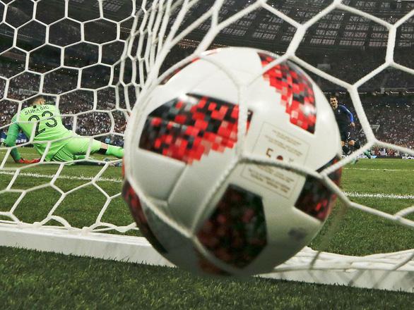 Mưa bàn thắng chung kết World Cup do thủ môn lười biếng của Croatia - Ảnh 7.