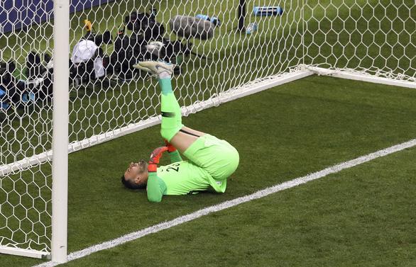 Mưa bàn thắng chung kết World Cup do thủ môn lười biếng của Croatia - Ảnh 8.