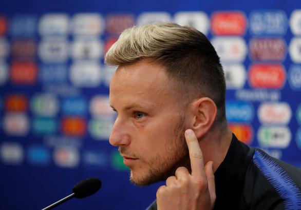Nguyện cắt tóc soái ca, thăm quê nếu thần tượng vô địch World Cup - Ảnh 5.