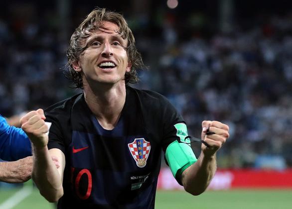 Nguyện cắt tóc soái ca, thăm quê nếu thần tượng vô địch World Cup - Ảnh 6.