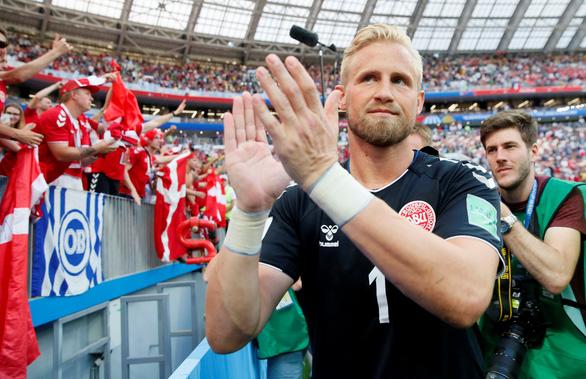 Chàng Thor con nhà người ta trên khung thành Đan Mạch - Ảnh 3.