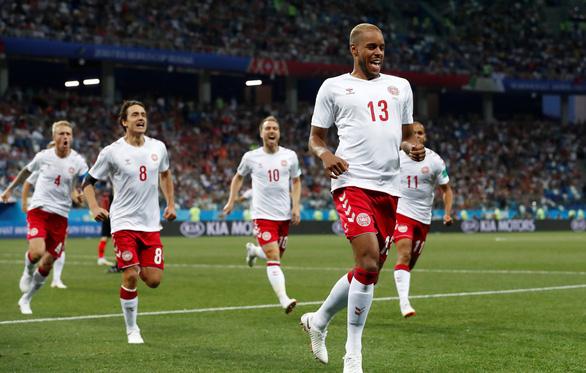 Bóng đá là sân chơi nghiệt ngã, anh hùng trận trước, tội đồ trận sau - Ảnh 1.