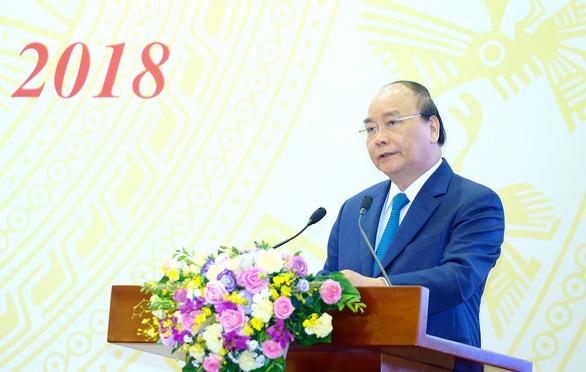 Thủ tướng: Không tăng giá điện để kiểm soát lạm phát - Ảnh 1.