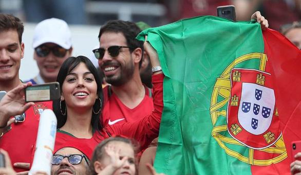 Bạn gái Ronaldo bị trút giận sau thất bại của CR7 ở World Cup - Ảnh 1.