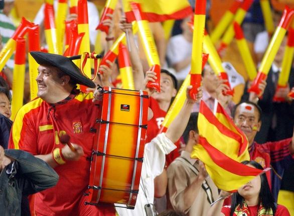 Manolo - cầu thủ thứ 12 của Tây Ban Nha suốt 36 năm - Ảnh 3.