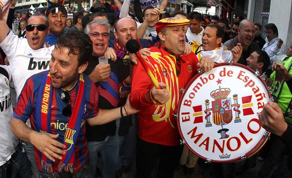 Manolo - cầu thủ thứ 12 của Tây Ban Nha suốt 36 năm - Ảnh 5.