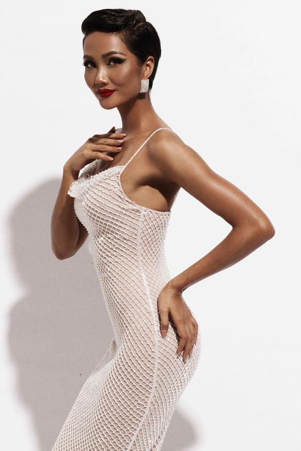 HHen Niê tìm kiếm trang phục dân tộc thi Hoa hậu hoàn vũ thế giới - Ảnh 3.