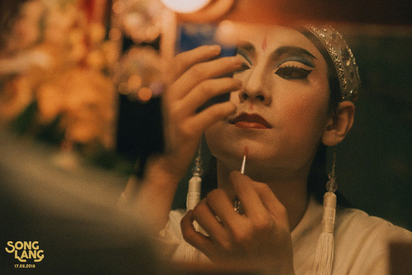 Song Lang tung teaser có Isaac vào vai kép chánh Linh Phụng - Ảnh 8.