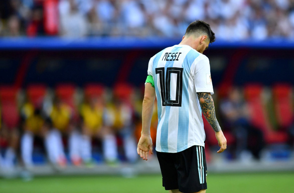 Messi và sự trân trọng từ đối thủ không đội trời chung - Ảnh 4.