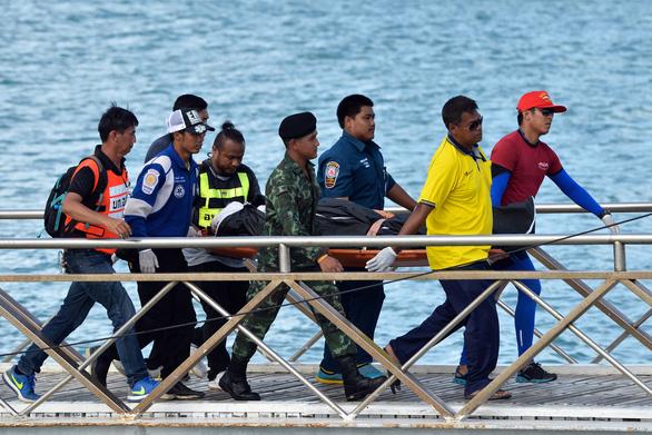 Hết cơ hội người sống sót trong vụ lật tàu du lịch ở Thái Lan - Ảnh 1.