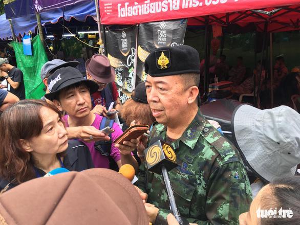 Xuyên đêm cứu đội bóng Thái Lan, một thành viên cứu hộ thiệt mạng - Ảnh 3.