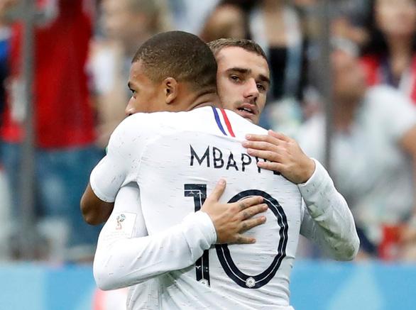 Vì sao Griezmann không vui mừng sau khi ghi bàn trận Pháp - Uruguay - Ảnh 1.