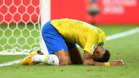 Chú bé chăn cừu Neymar biến World Cup thành Euro - Ảnh 9.