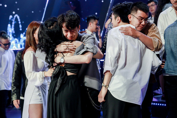 The Debut - Hương Tràm thất vọng, Trish Lương to tiếng với Kim Hoàng - Ảnh 11.