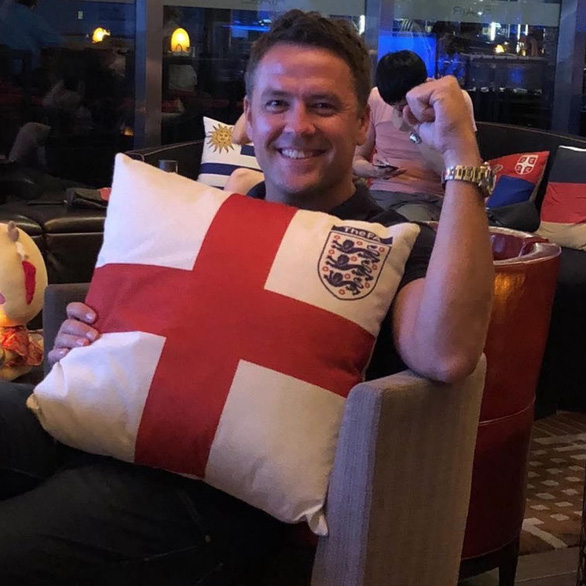 Danh thủ Anh tưng bừng trước chiến thắng của thế hệ vàng - Ảnh 3.