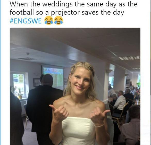 Ghiền World Cup, fan lén xem Anh đá với Thụy Điển bất chấp đám cưới - Ảnh 8.