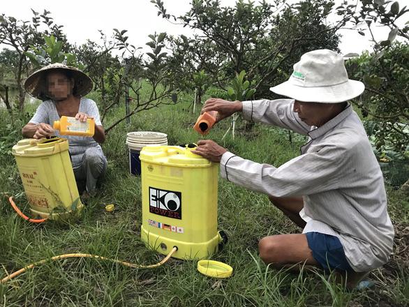 Cảnh báo hiểm họa thuốc diệt cỏ gây ung thư tại Việt Nam - Ảnh 1.