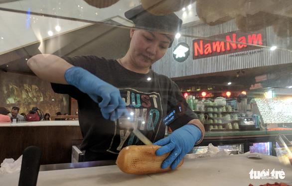 Bánh mì - món trứ danh toàn cầu - Ảnh 2.