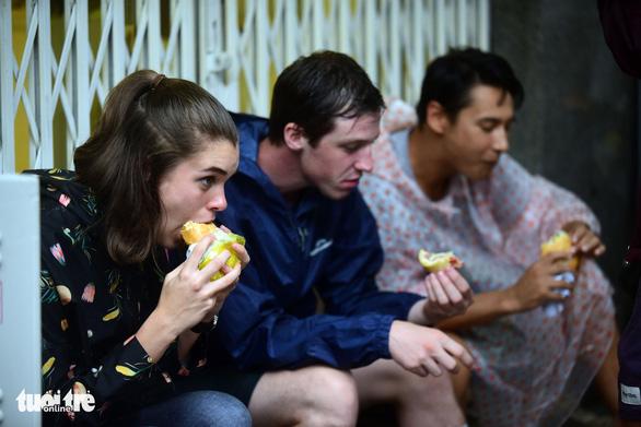 Bánh mì - món trứ danh toàn cầu - Ảnh 1.