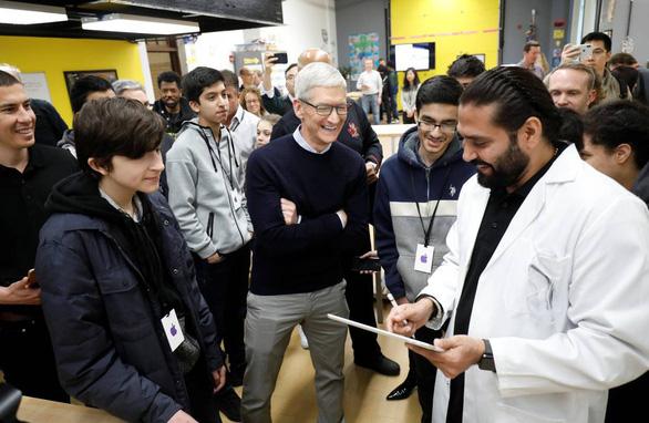 Làm ở Apple, Google không cần bằng đại học - Ảnh 1.