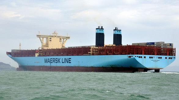 Nhiều cảng chưa nạo vét luồng lạch vì... dài cổ chờ giấy phép - Ảnh 1.