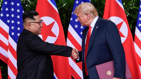Mỹ hứng đòn đau từ chiến tranh thương mại - Ảnh 1.