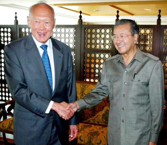 Mahathir Mohamad - Thủ tướng lớn tuổi nhất thế giới - Ảnh 1.