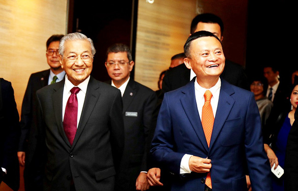 Mahathir Mohamad - Thủ tướng lớn tuổi nhất thế giới - Ảnh 4.