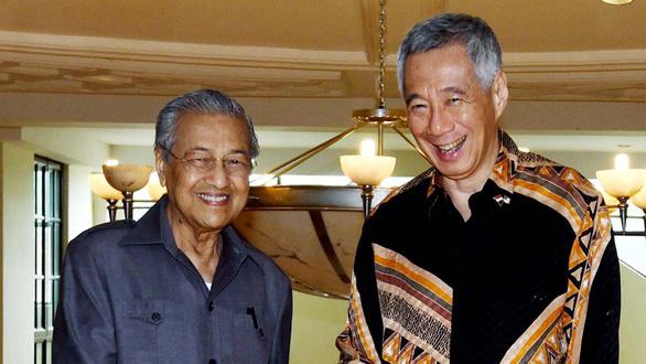 Mahathir Mohamad - Thủ tướng lớn tuổi nhất thế giới - Ảnh 3.