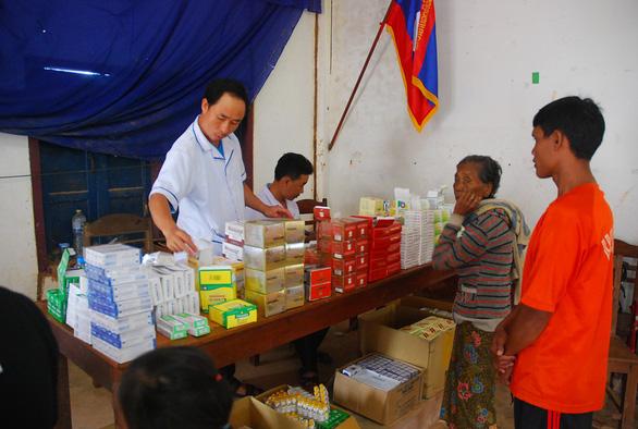 Lính Cụ Hồ sang Lào giúp bạn - Ảnh 15.
